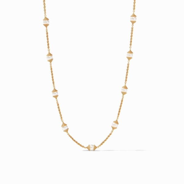 Closeup photo of Calypso Pearl Delicate Necklace