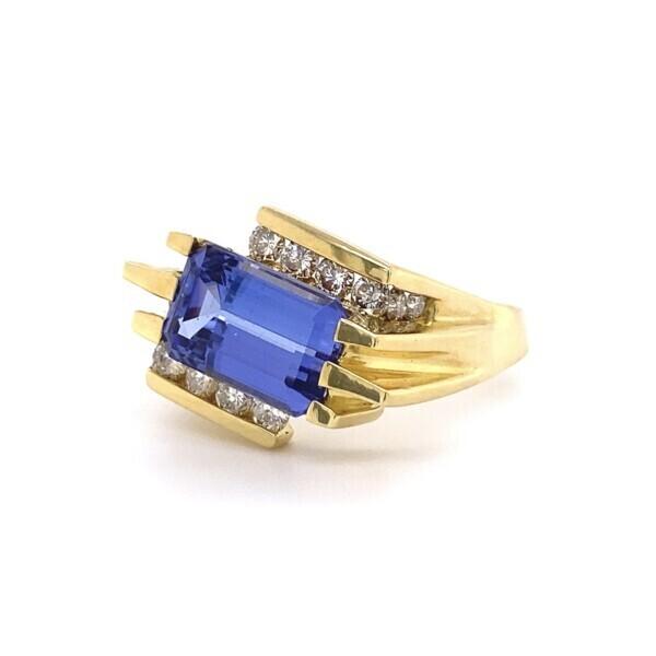 18k YG MOdern Bypass Ring with 4.03ct Tanzanite & .86ct DIamond, S7.75