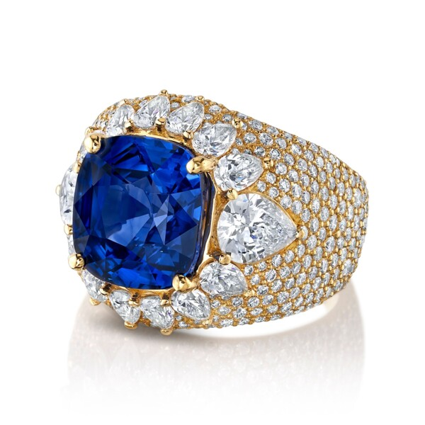 Closeup photo of Dome Ring - Sapphire