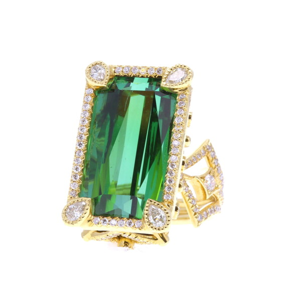 Closeup photo of Coco Ring Modified with Green Tourmaline