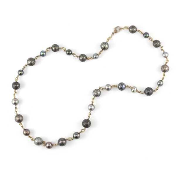 """Closeup photo of 18Kt 32"""" Carved South Sea Pearl Necklace"""