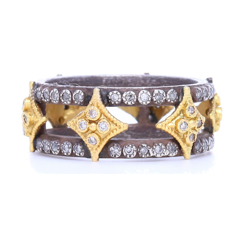 Double Band with Crivelli Ring
