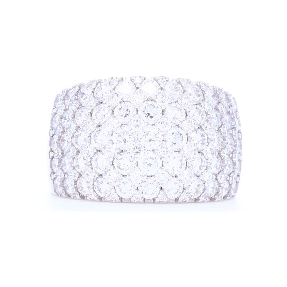 Wide 18k White Gold Brilliant Cut Diamond Prong Set Ring