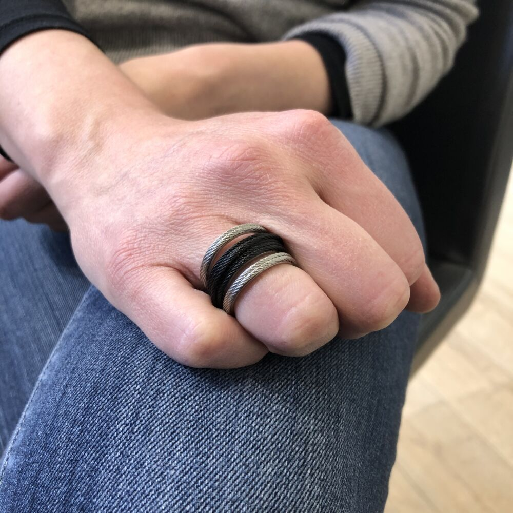 Noir Multi-Cable Separated Stack Ring