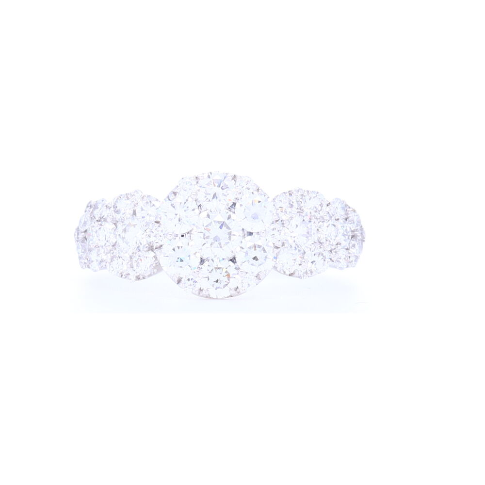 Circle Cluster Ring 18k White Gold with Diamonds