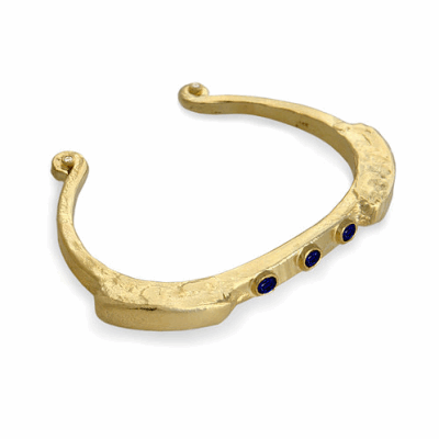 """Collection: Old World Style #: 13568 Description: Old World blackened sterling silver/18k yellow gold 7""""-7.5"""" circle-link bracelet with white and black sapphire baguettes and white diamonds. Diamond weight - 0.02 ct.Metal: .925 Sterling Silver/18k Yellow Gold"""